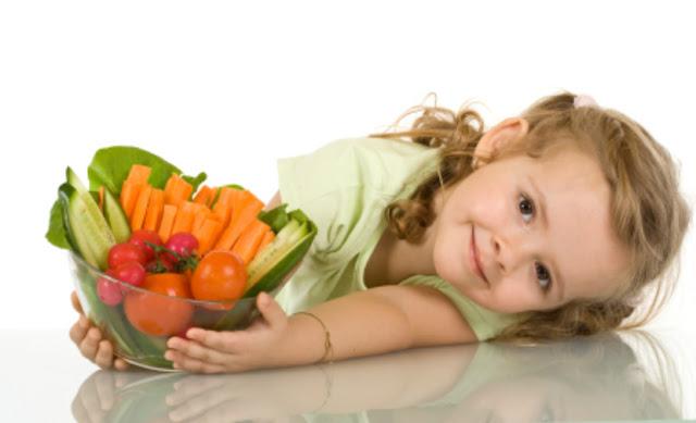 Los niños inteligentes tienen más probabilidades de volverse vegetarianos, según estudio