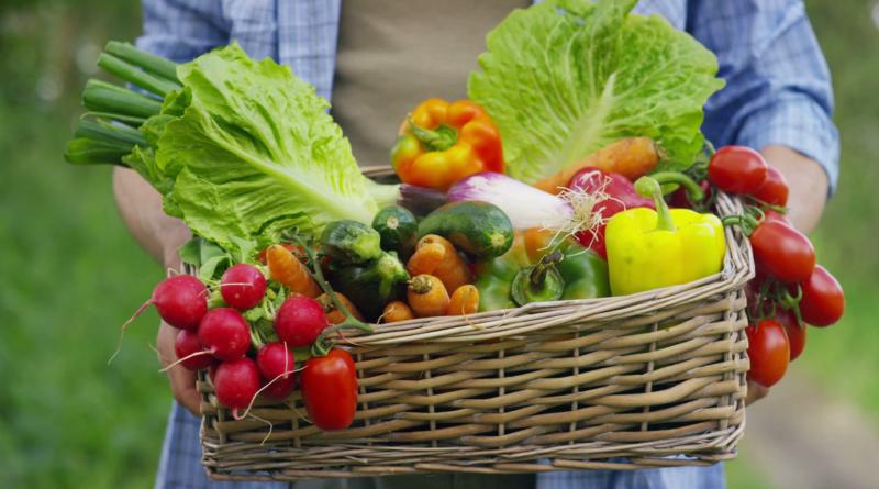 Consumir más frutas y verduras esta vinculado con un menor riesgo de accidente cerebrovascular,