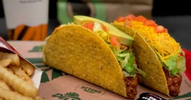Del Taco lanza sus 2 nuevos burritos veganos en Estados Unidos