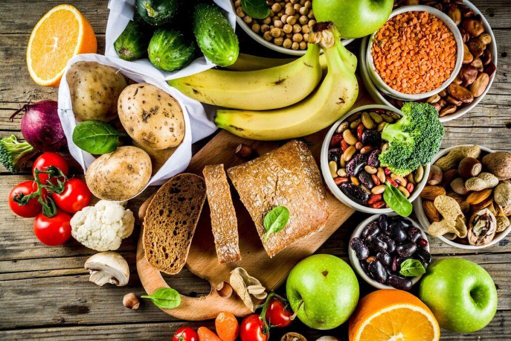 Reemplazar la carne animal con alternativas veganas reduce significativamente el colesterol