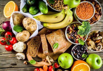 Reemplazar la carne animal con alternativas veganas reduce significativamente el colesterol, según estudio
