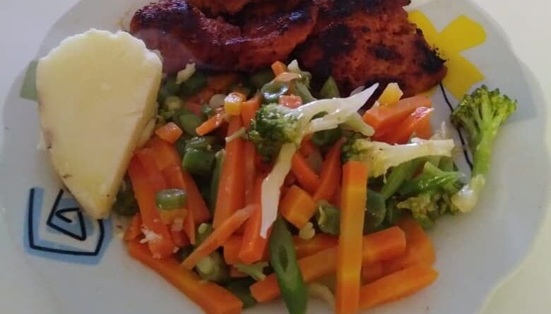 Receta veg: Filete de carne de soya con ensalada